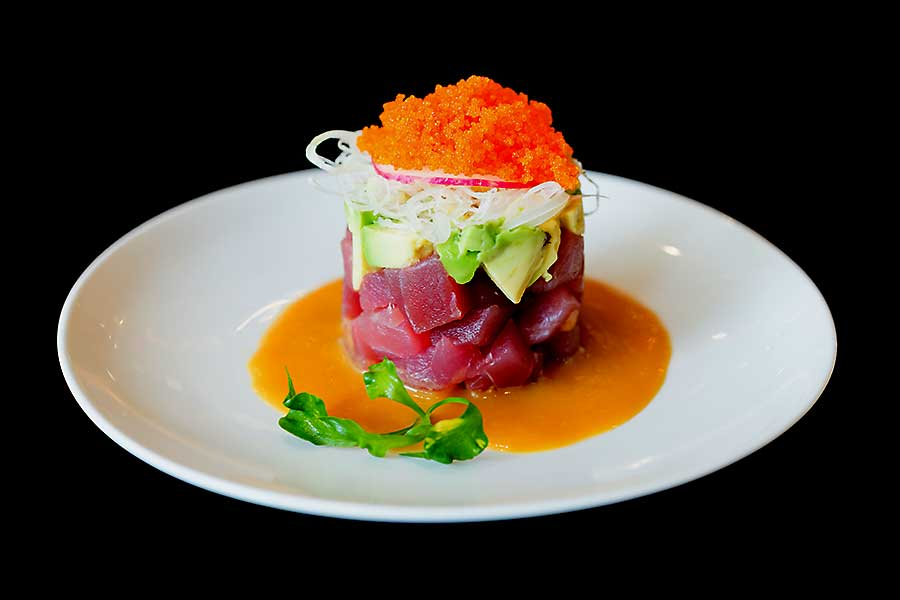 Raw tuna tartare