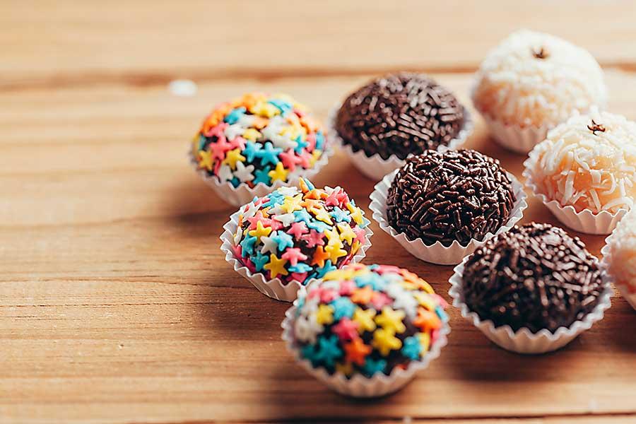 Handmade brazilian sweets: Beijinho and Brigadeiro