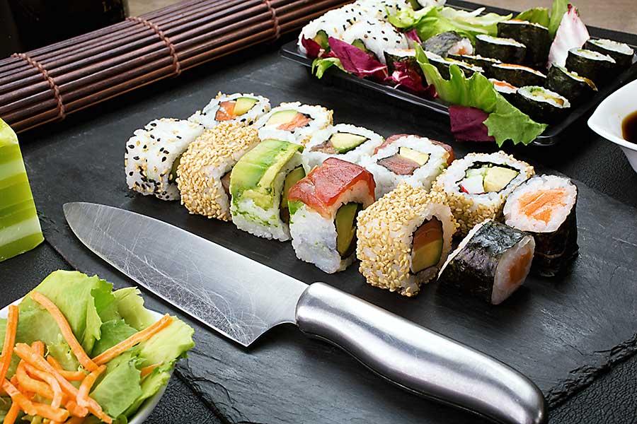Japanese cuisine - sushi plate