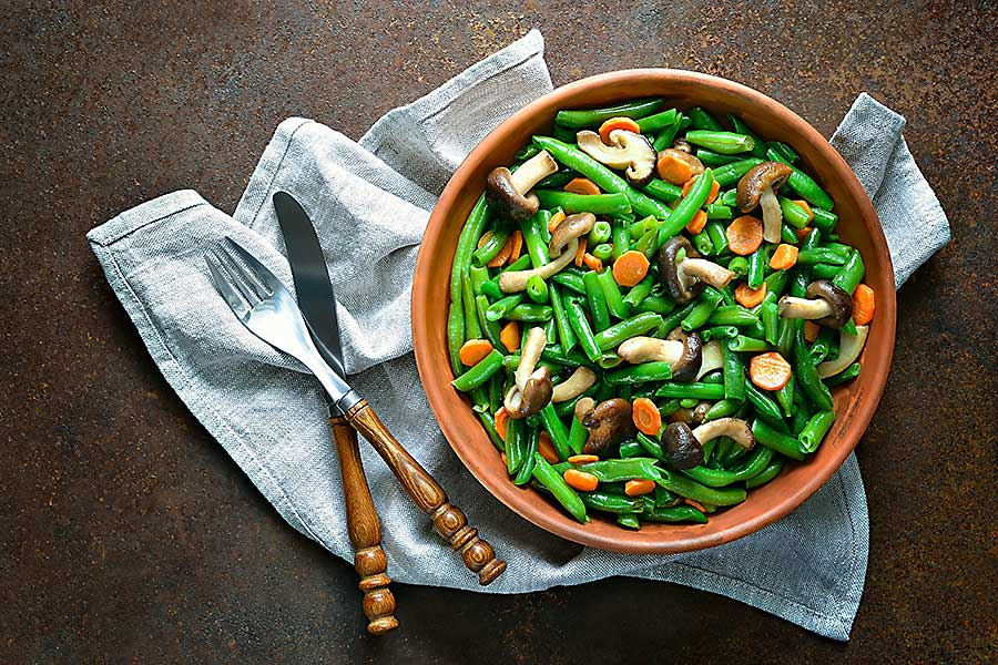 Warm green bean, carrot and mushroom salad.