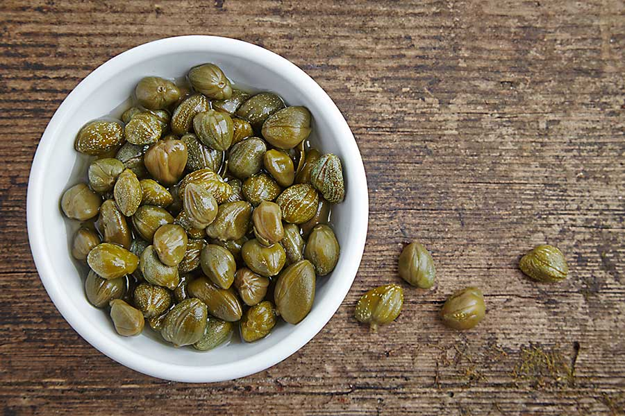 Caper, marinated capers in the bowl