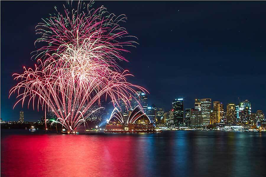 New Year's Eve fireworks in Sydney - Kirribilli