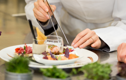 HIRE YOUR PRIVATE CHEF AT A DISCOUNT WITH DINE & DISCOVER NSW